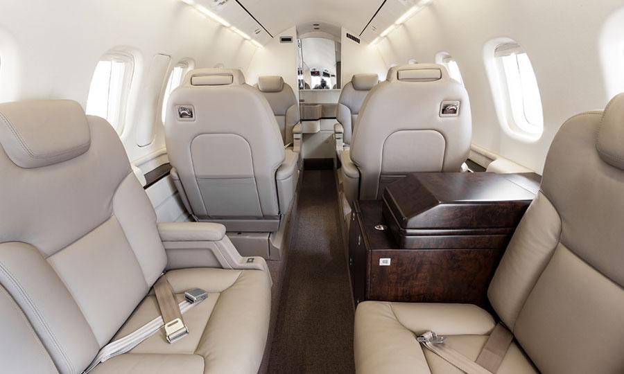 Avanti cabin space